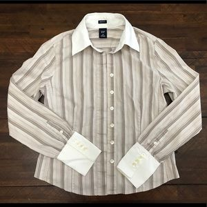 Gap long sleeves Dress shirt. Collar shirt. XS.
